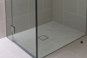 Contrasting bathroom tiles
